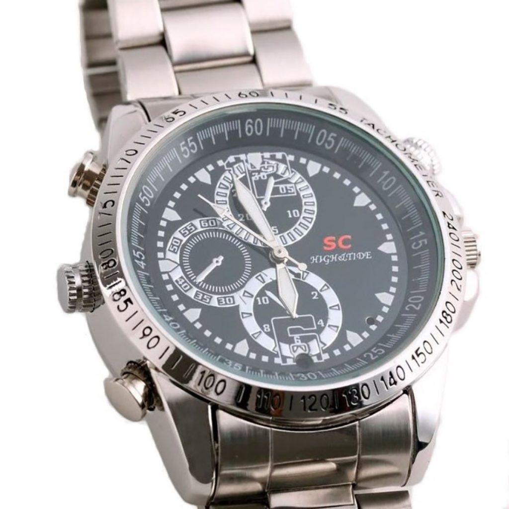Đồng hồ đeo tay camera dây sắt 8GB hỗ trợ ghi hình siêu nét.