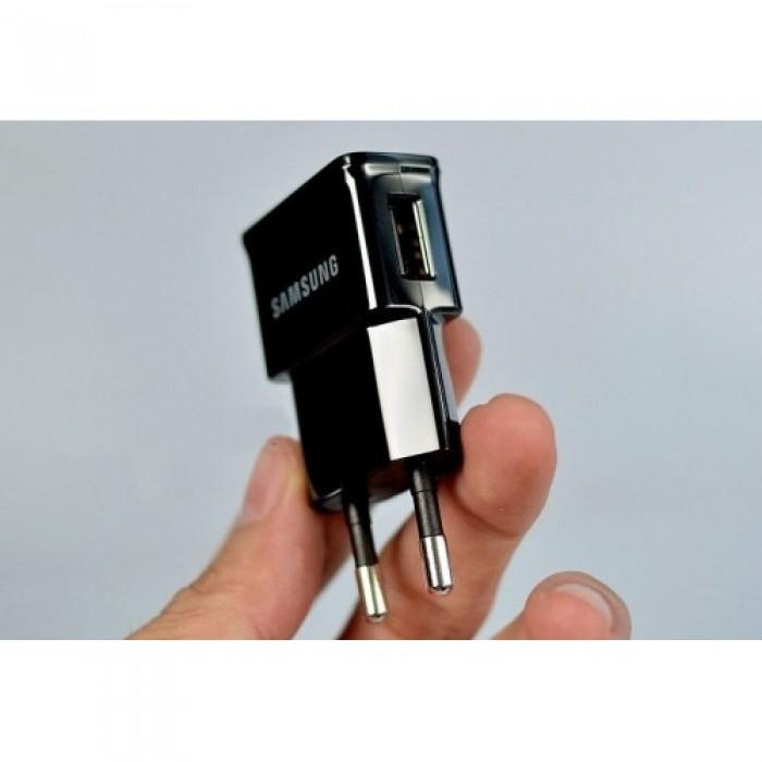 Thiết bị nghe lén và ghi âm ngụy trang đầu sạc điện thoại Samsung an toàn và chính xác.