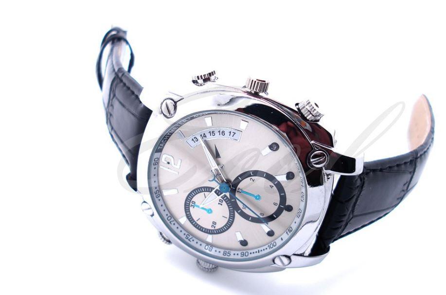 Đồng hồ camera W7000 thế hệ mới với thiết kế tinh tế đẳng cấp